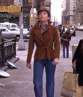 Marsha Mason in The Goodbye Girl. Simple and classic belted blazer with denim.