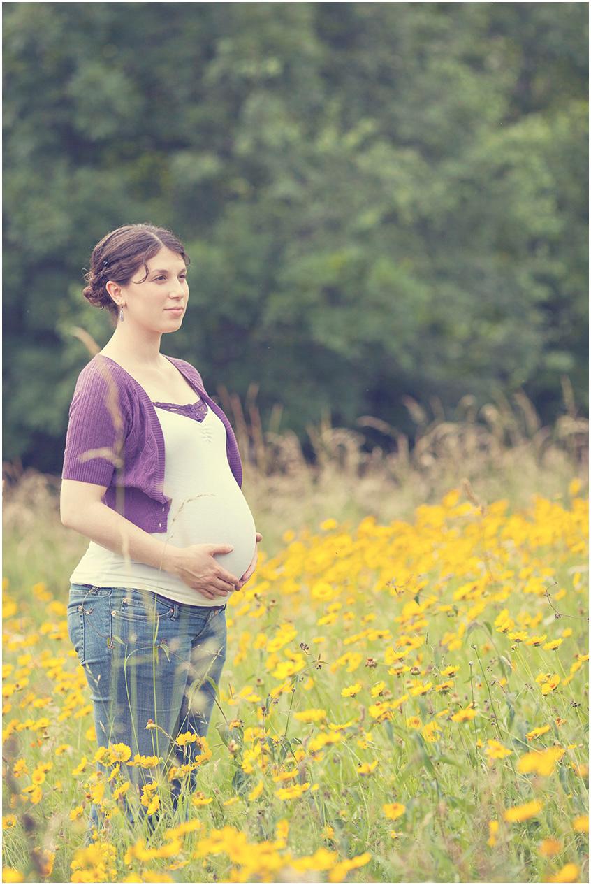 Tori Maternity styled 10.jpg