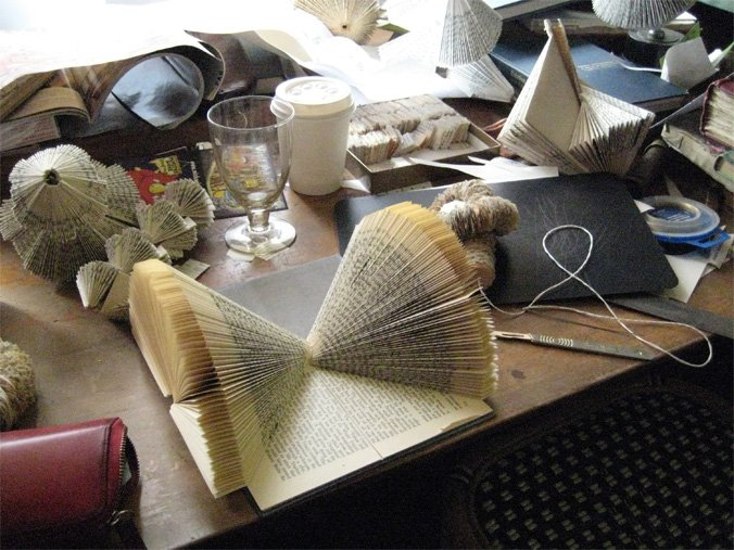 I want one of these, they are beautiful.    szymon : Nicholas Jones:  book sculptures