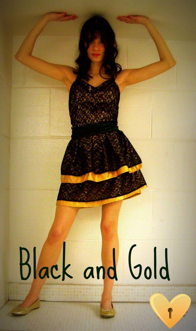 My friend  Tara  made this dress. CUTE!   (via misstrin )