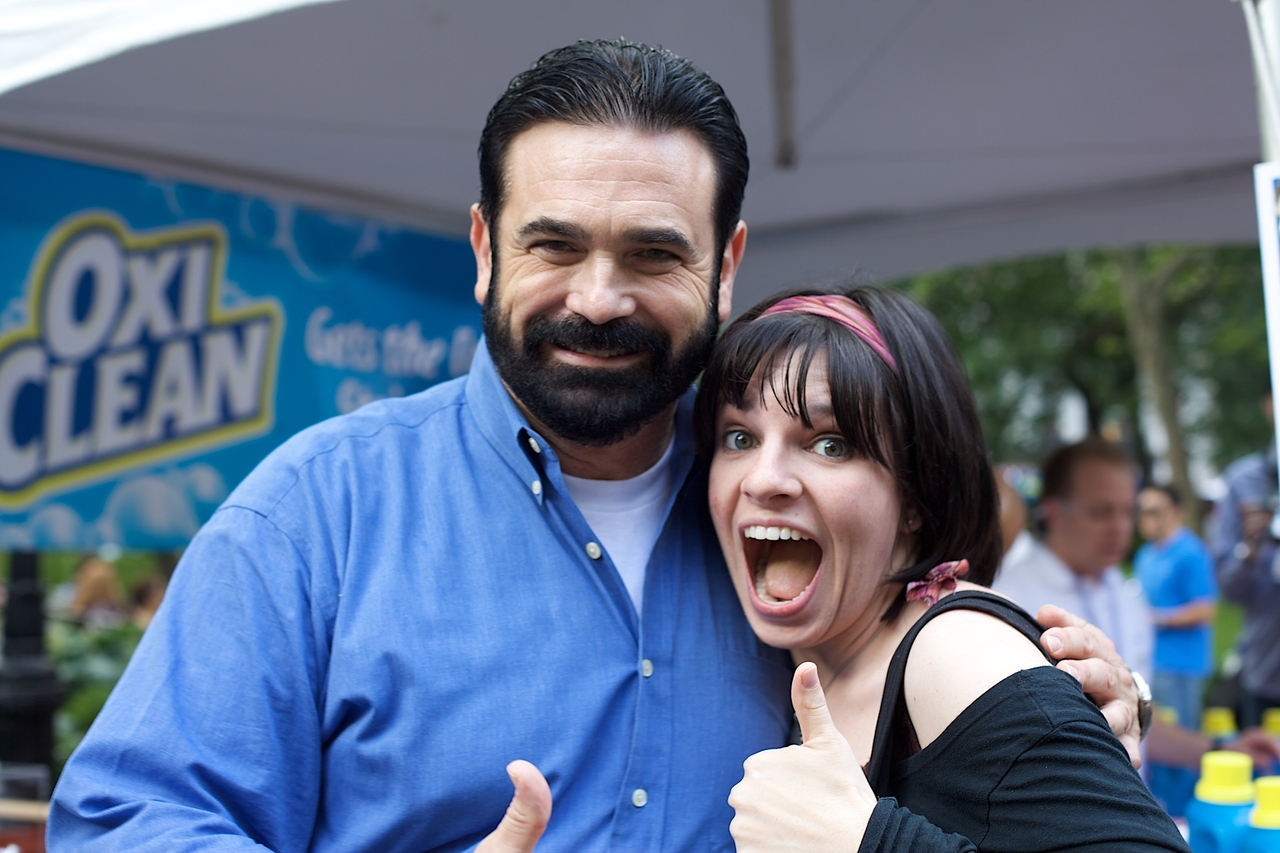 Billy Mays  here…really, he was  HERE !, at the Big Apple BBQ,  removing stains like a pro .     Oh Billy, meeting you made my month and possibly my year.    Ryan , you should be totally jealous.     (photo by  Marco )