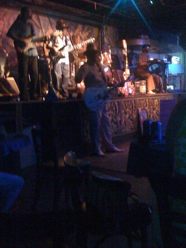 Sweet sweet jazz blues on Bourbon St.