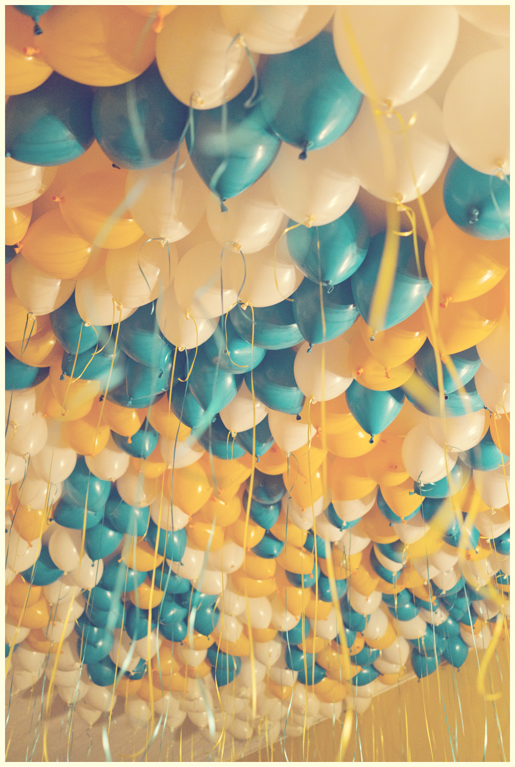 Marco  filled the house with 700 balloons for my 30th birthday. It was an extraordinary party!