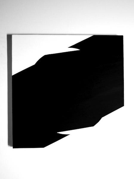 black tilt  2011
