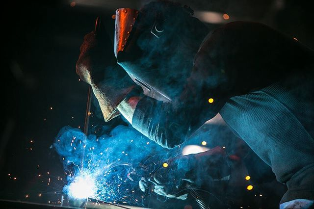 How can it not turn out epic when shooting welding in highspeed? A teaser of an upcoming commercial  from the awesome #IDEOLOGY productions #dp #cinematographer #cinematography #commercial #filmlife #setlife #dragon