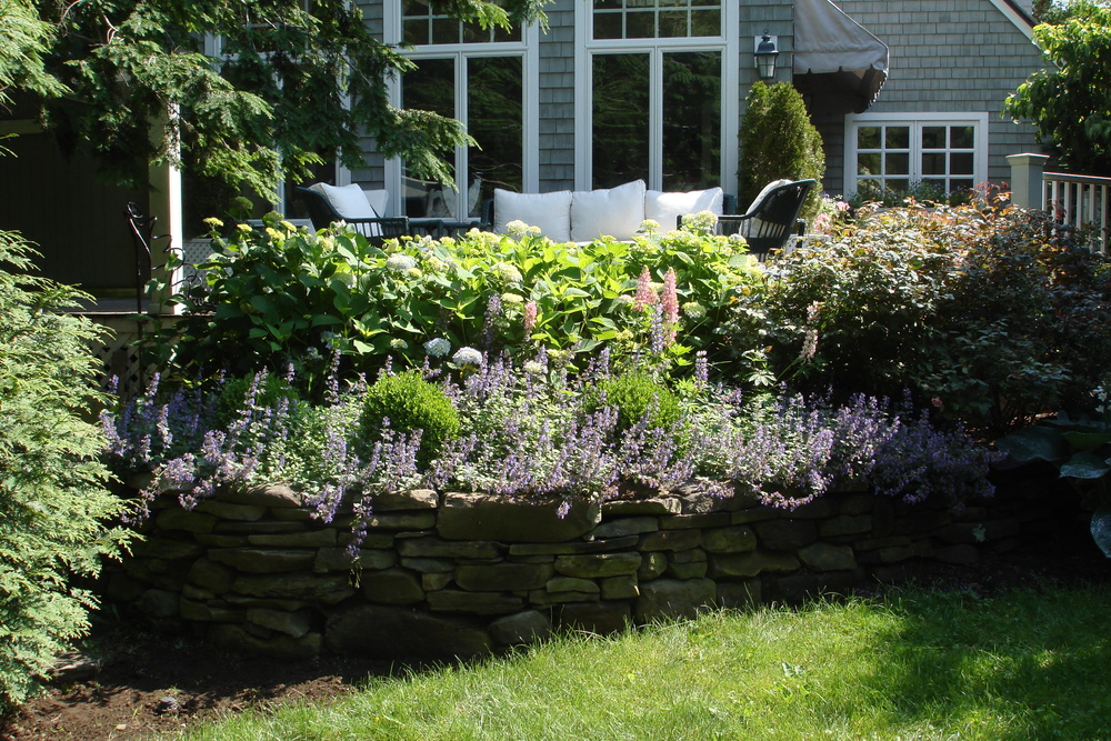 stonewall-perennial-garden.jpg