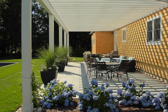 slate-patio-hydrangeas.jpg