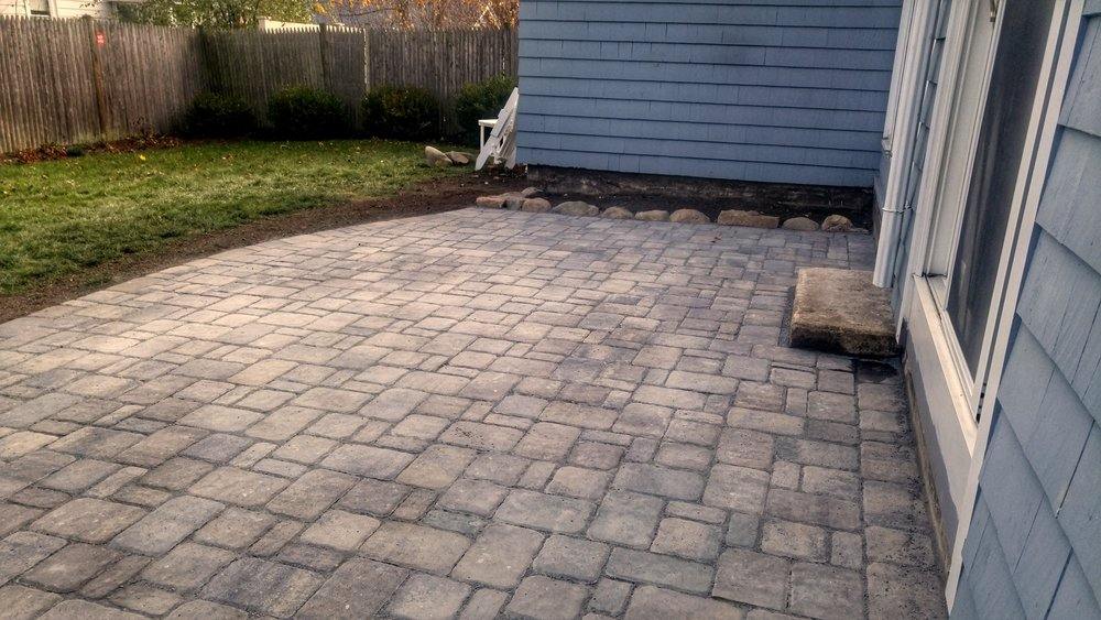 New Patio Design & Installation