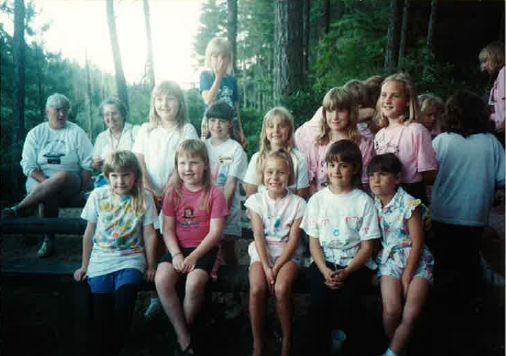 8.19.1990_LakesideGirlsClosingCeremony.JPG