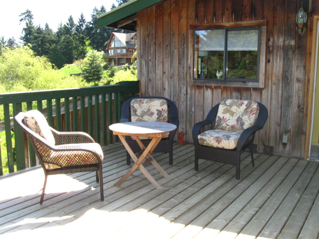 """the """"Western"""" (Cowboy) Suite - Self Catering, Stand alone Cottage."""