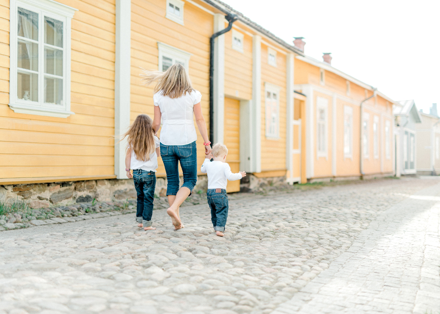 perhekuvaus lapsikuvaus Vanha Rauma (19).jpg
