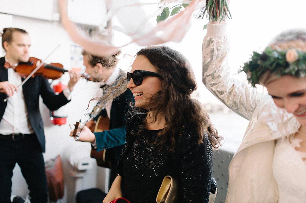 Indie Glam Wedding Tenalji von Fersen Suomenlinna (32).jpg