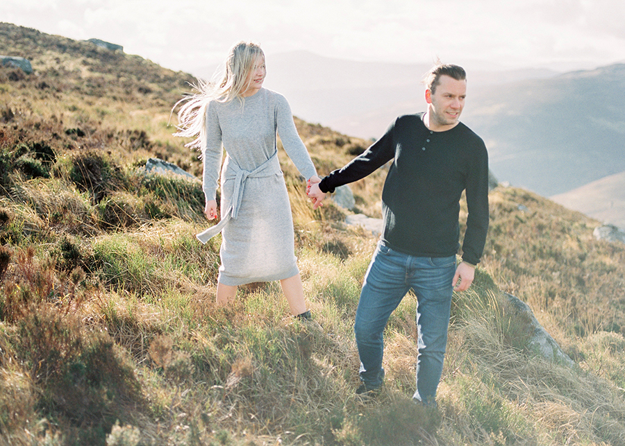 Windy Irish Mountain Engagement Shoot - Susanna Nordvall (17).jpg