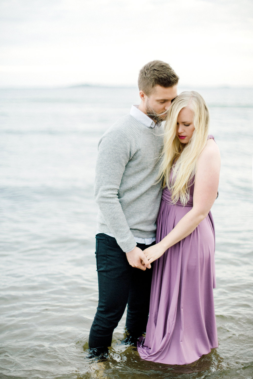 Sari & Mikko - Beach Engagement Couple Shoot in Hanko kihlakuvaus parikuvaus - Susanna Nordvall - Hey Look (21).jpg