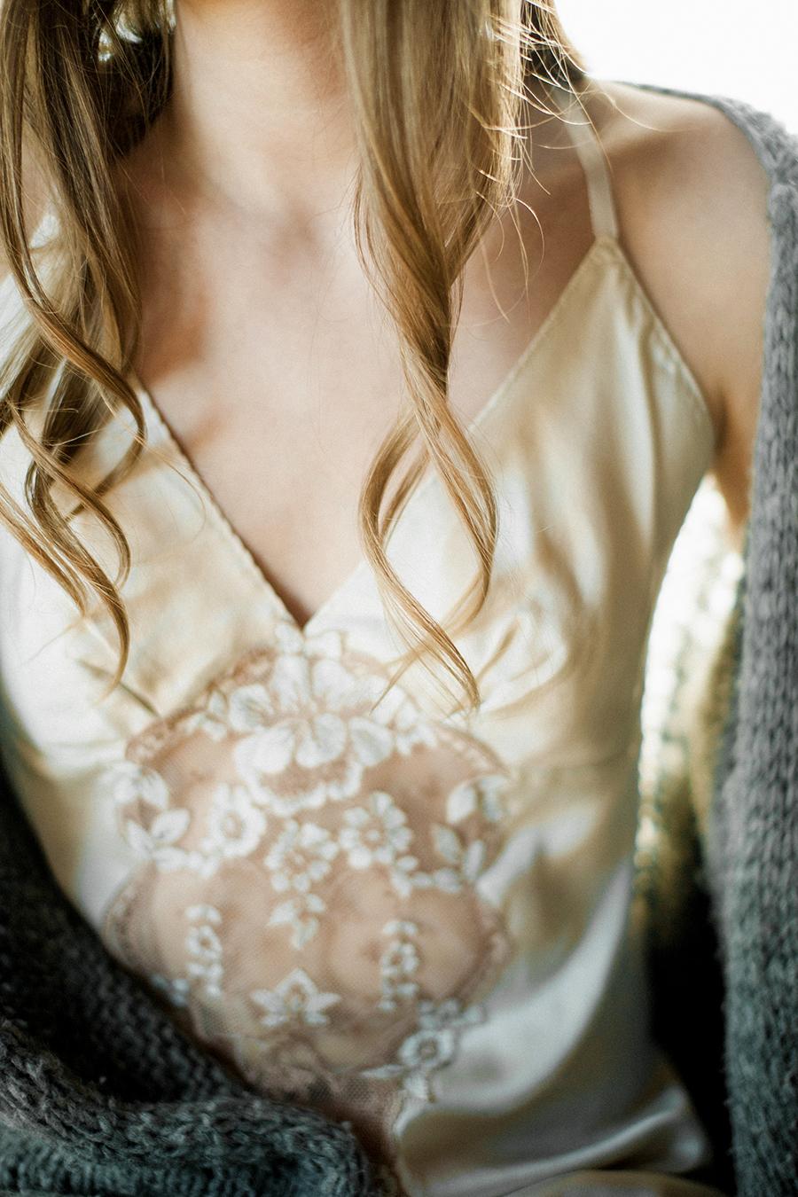 Romantic Bridal Boudoir Morsian Huomenlahja (8).jpg