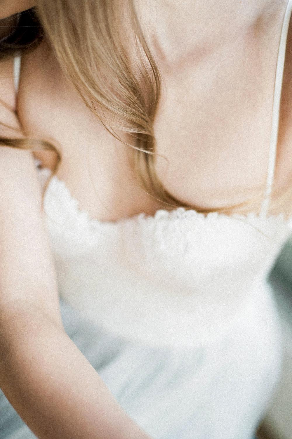 Romantic Bridal Boudoir Morsian Huomenlahja (14).jpg