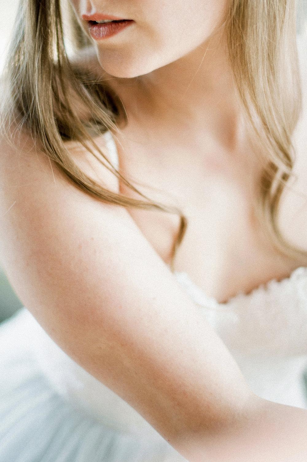 Romantic Bridal Boudoir Morsian Huomenlahja (13).jpg