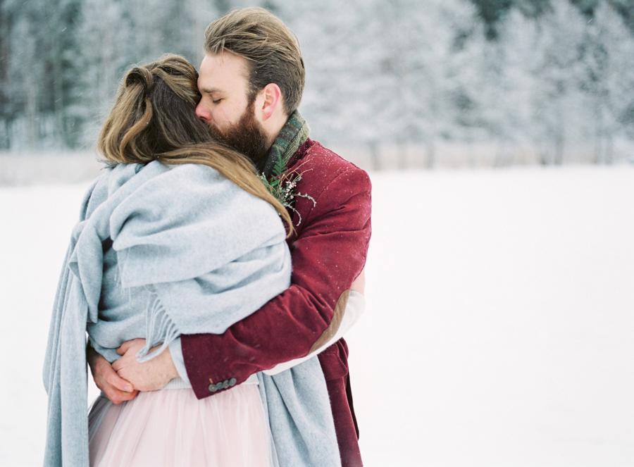 Romany and Juho's surprise winter wedding at Evon Luonto, talvihäät (93).jpg