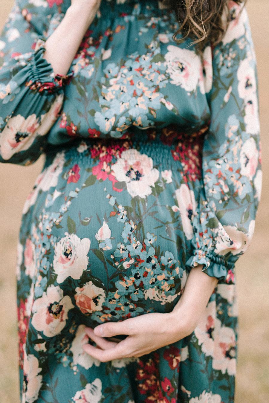 autumnal maternity shoot, odotusajankuvaus, perhekuvaus (19).jpg