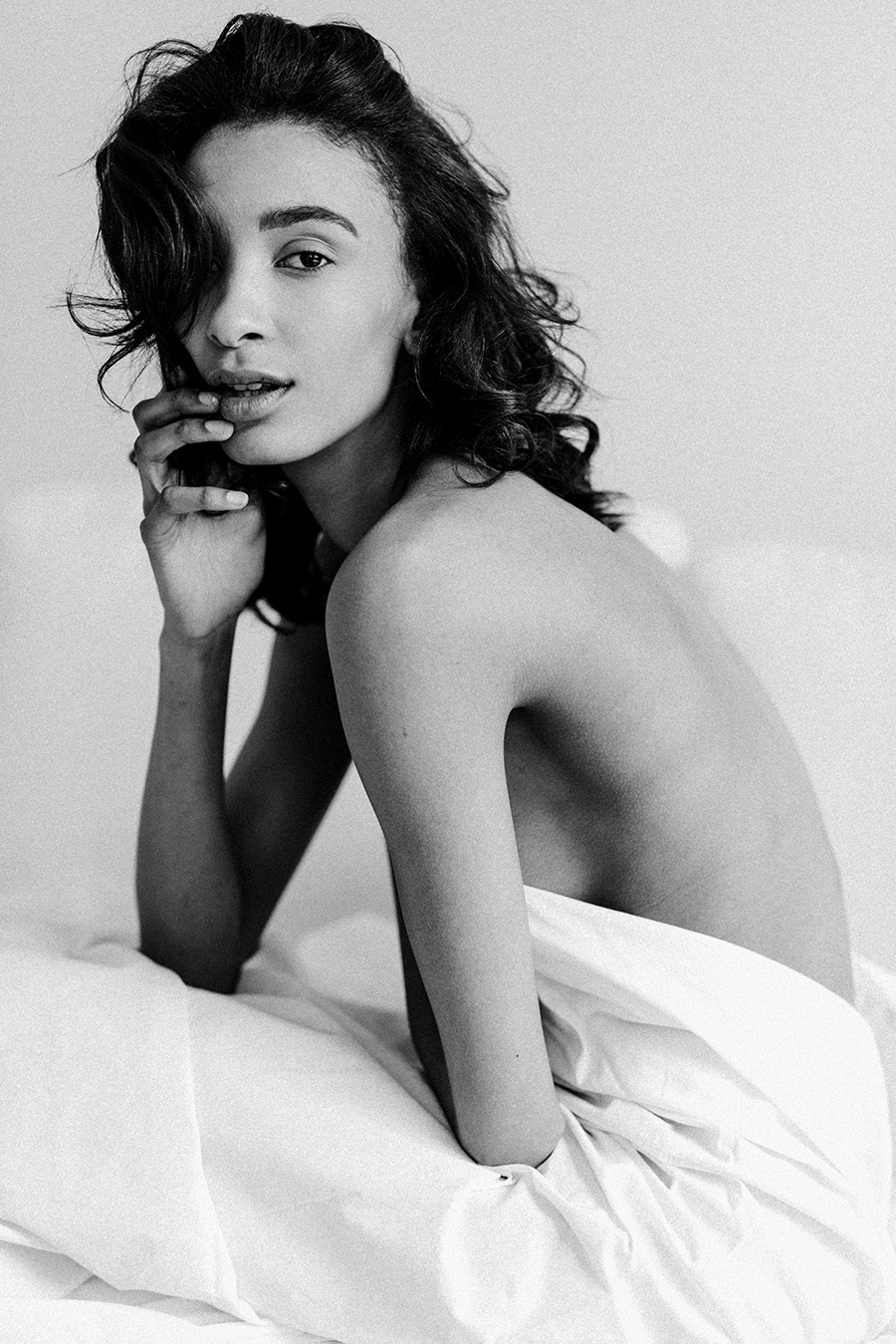 Intimate Black and White Boudoir Shoot