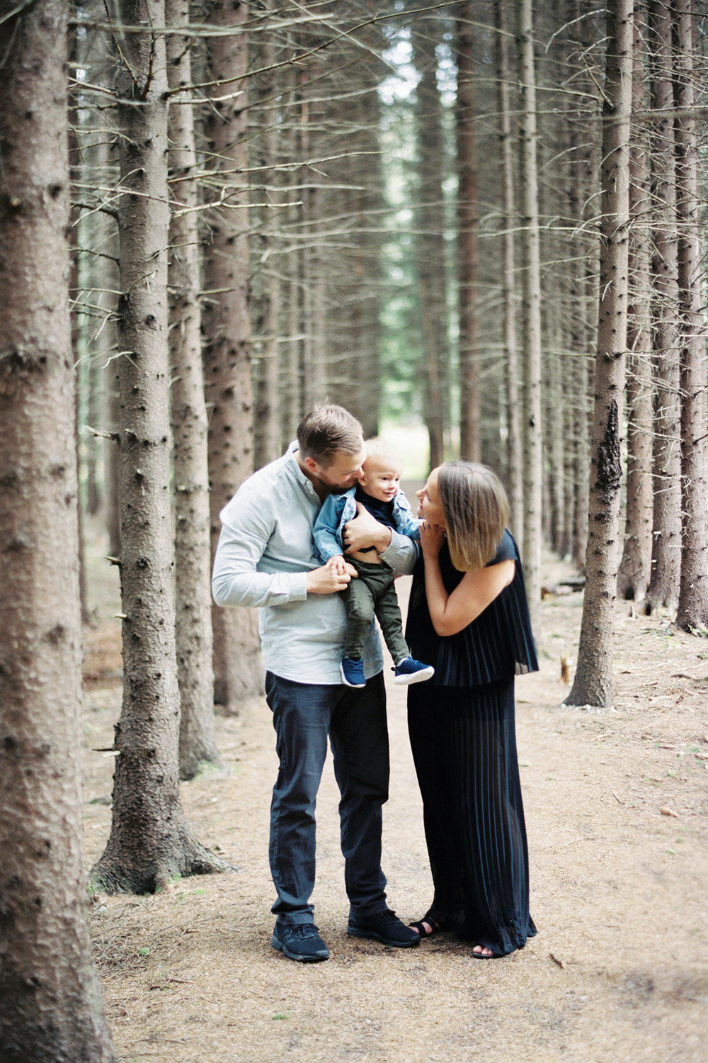 Family Shoot in A Forest in Vantaa