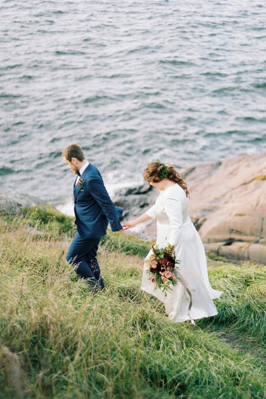 ....Sofie & Max's Autumn Wedding at Myllysali, Suomenlinna..Sofien & Maxin syksyiset häät Suomenlinnan Myllysalissa....