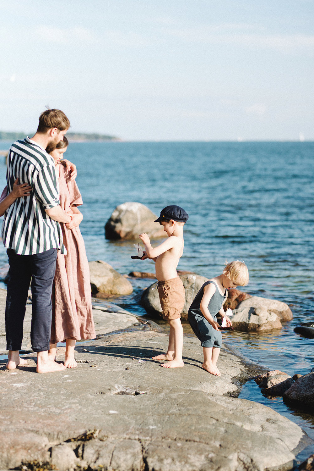 Family Shoot By the Sea in Helsinki, Finland, Perhekuvaus, Lapsikuvaus