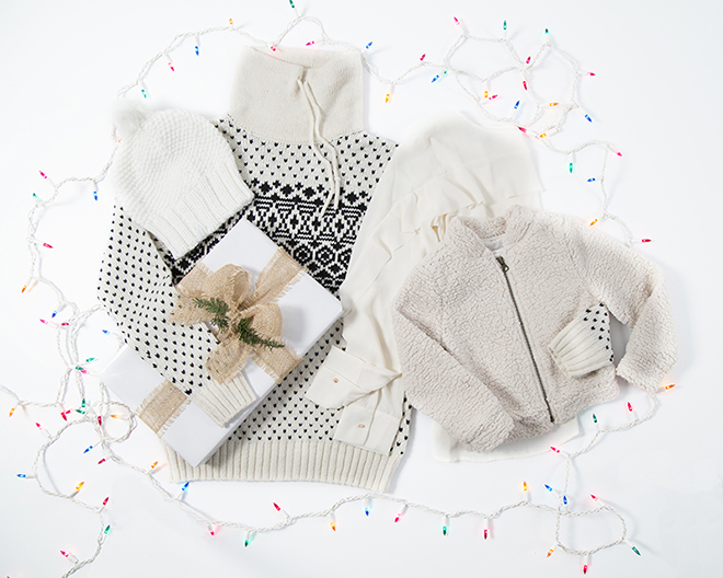 120815_IL_Gap_holiday_shopping_Adrienne_5.jpg