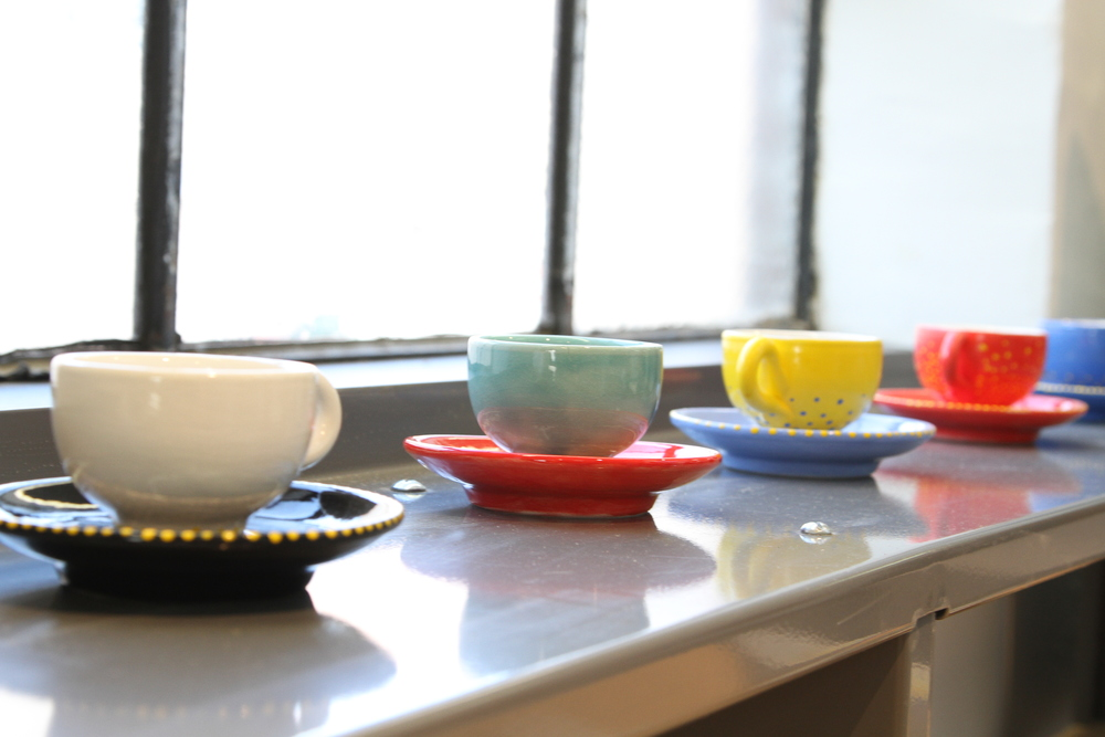 Along with her sculptures, Phoebe Deutsch also created a series of dishware.