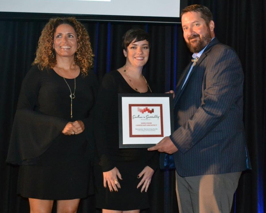 Sara Zahm accepts the 2016 Excellence in Sustainability Award.