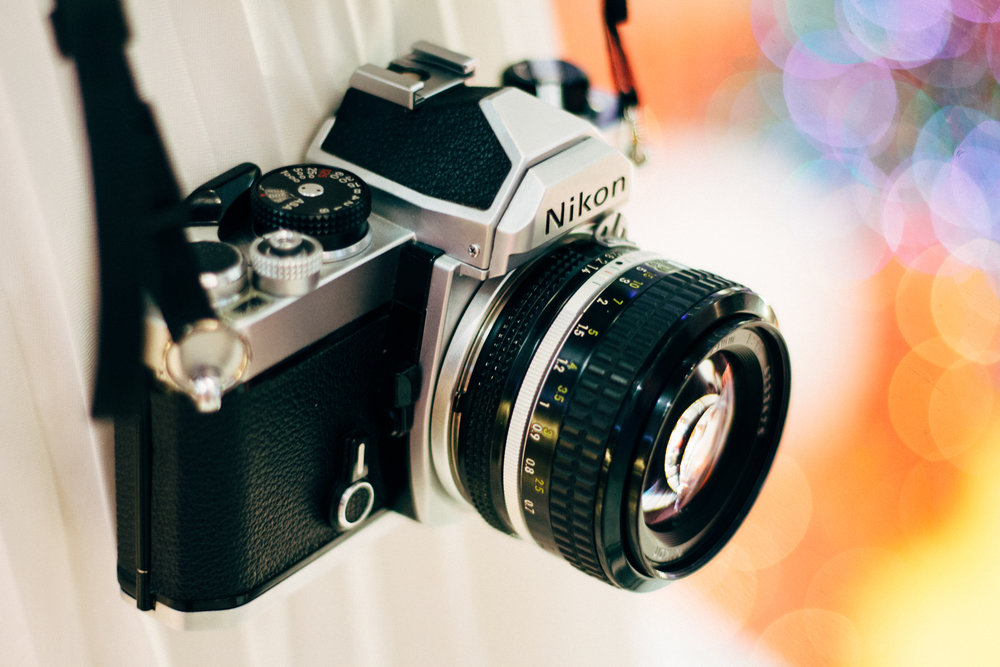 Alan's first serious camera was a Nikon FE and he remains a dedicated Nikon user 35 years later.