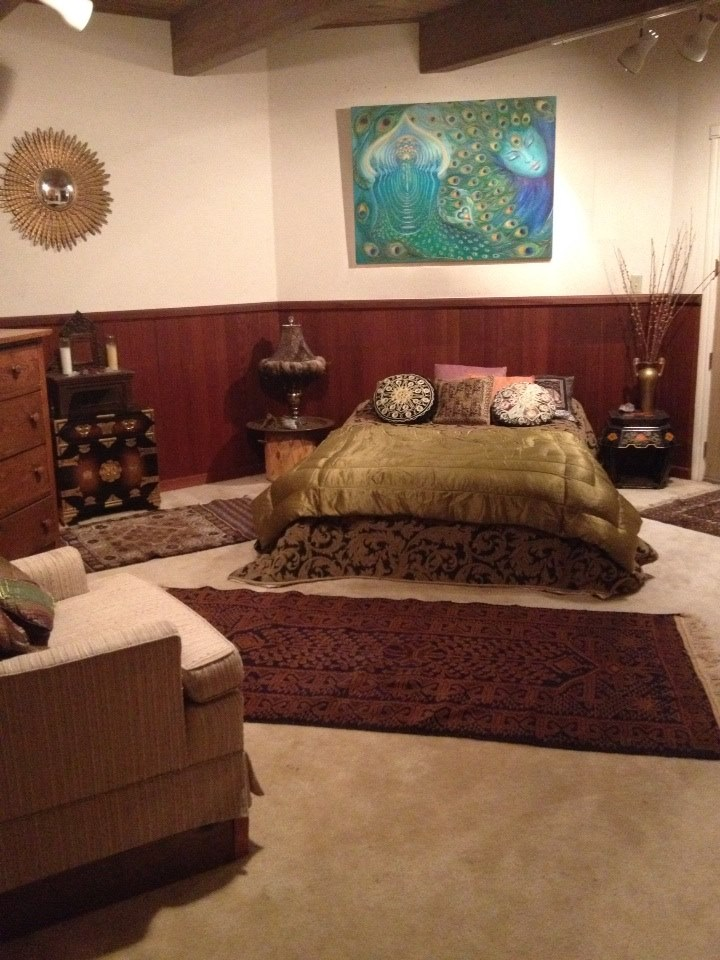 Guest bedroom at the Goddess Temple by JemInEye.