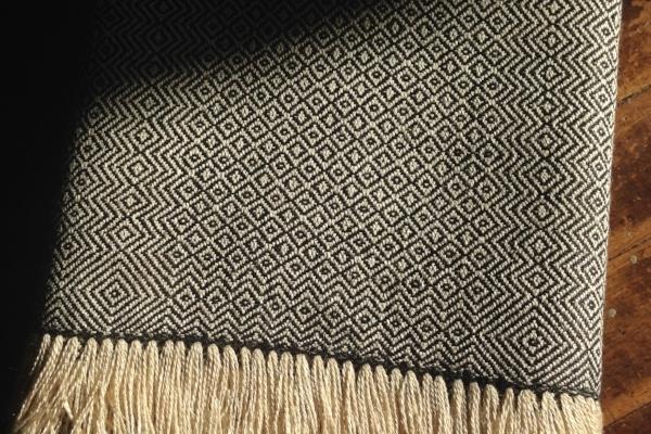 handwoven-scarf-linen-silk