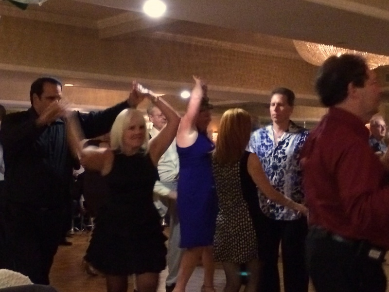 A Thankful Gift - Dancing With The Family and Friends on Thanksgiving