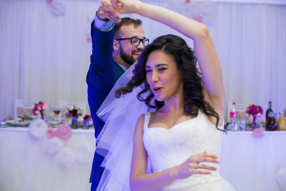 Wedding dance lessons can help make your big day even more special and romantic.