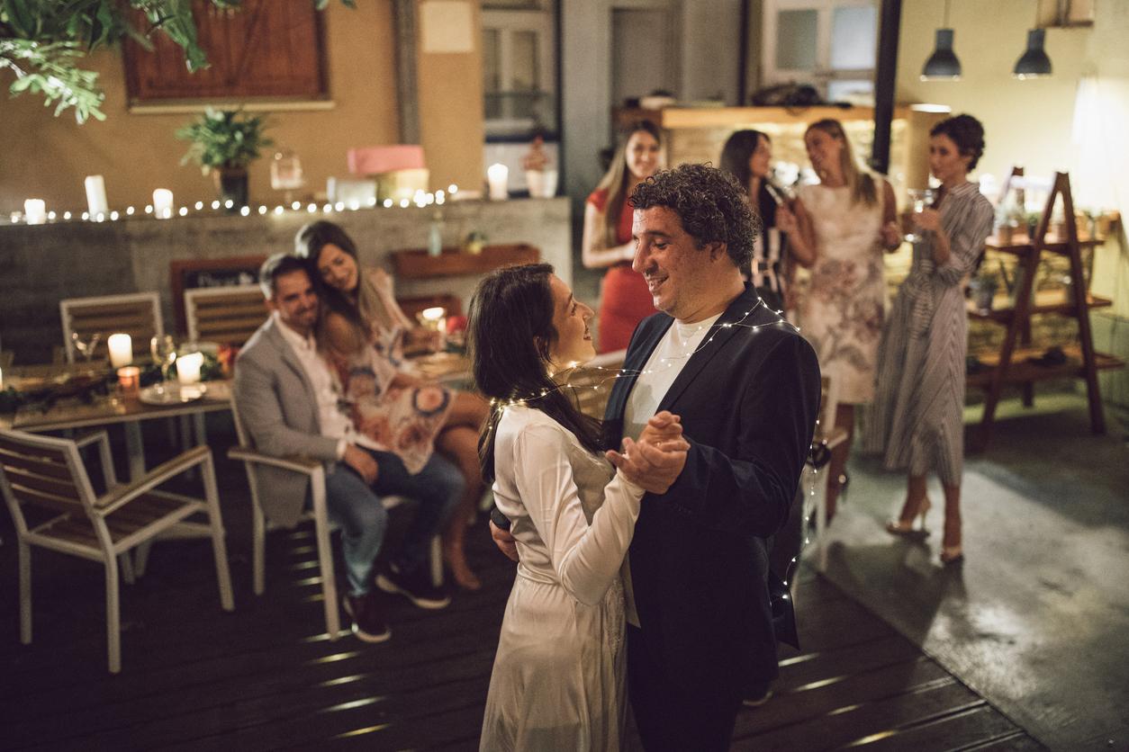 Smaller Casual Wedding Dance Ideas Quick Quick Slow