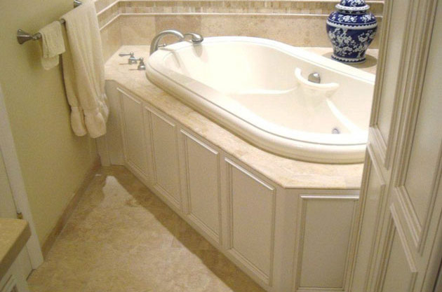 Thompson_Price_Bath_Remodel_03.jpg