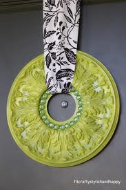 Plaster Medallion Wreath, Modern Elegant