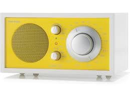Retro Radio......in yellow hue.
