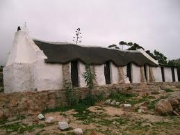 Pacific Mist is a cottage colour, a colour of white washed walls, -exterior.