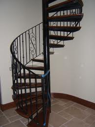 Traditional Iron pole Spiral