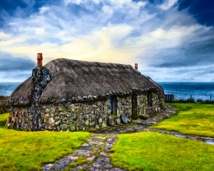 A wee cottage in Skye.....my favourite place to be in Northern Scotland...... at the top of the world xox