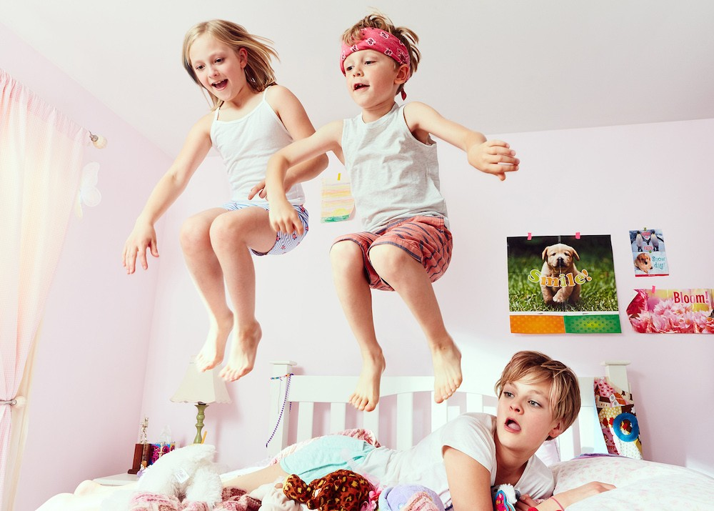 Kids-jumping-bed.jpg