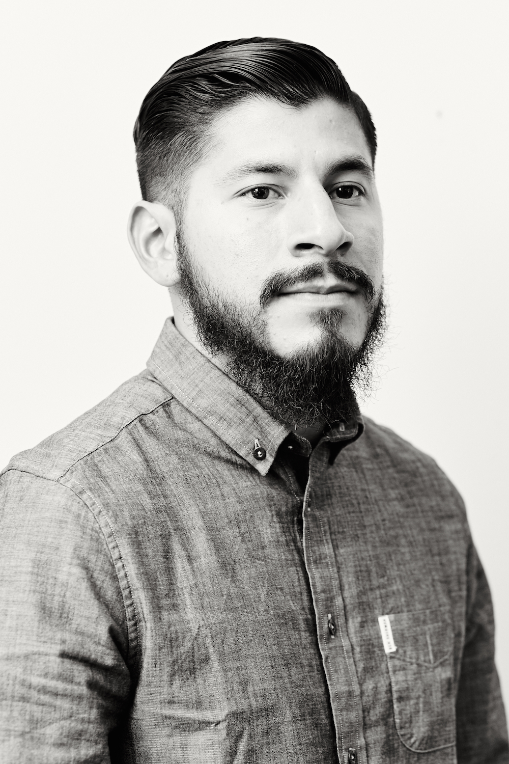 Portrait-barber-beard-black-white.jpg