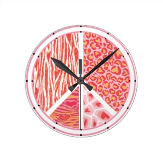 red_and_pink_animal_pattern_heart_round_clock-r9fdd6db7d3a94196afa98303ec679336_fup1s_8byvr_325.jpg