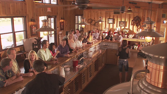 The tasting room (picture from Helwig) — La salle dégustation (photo de Helwig)