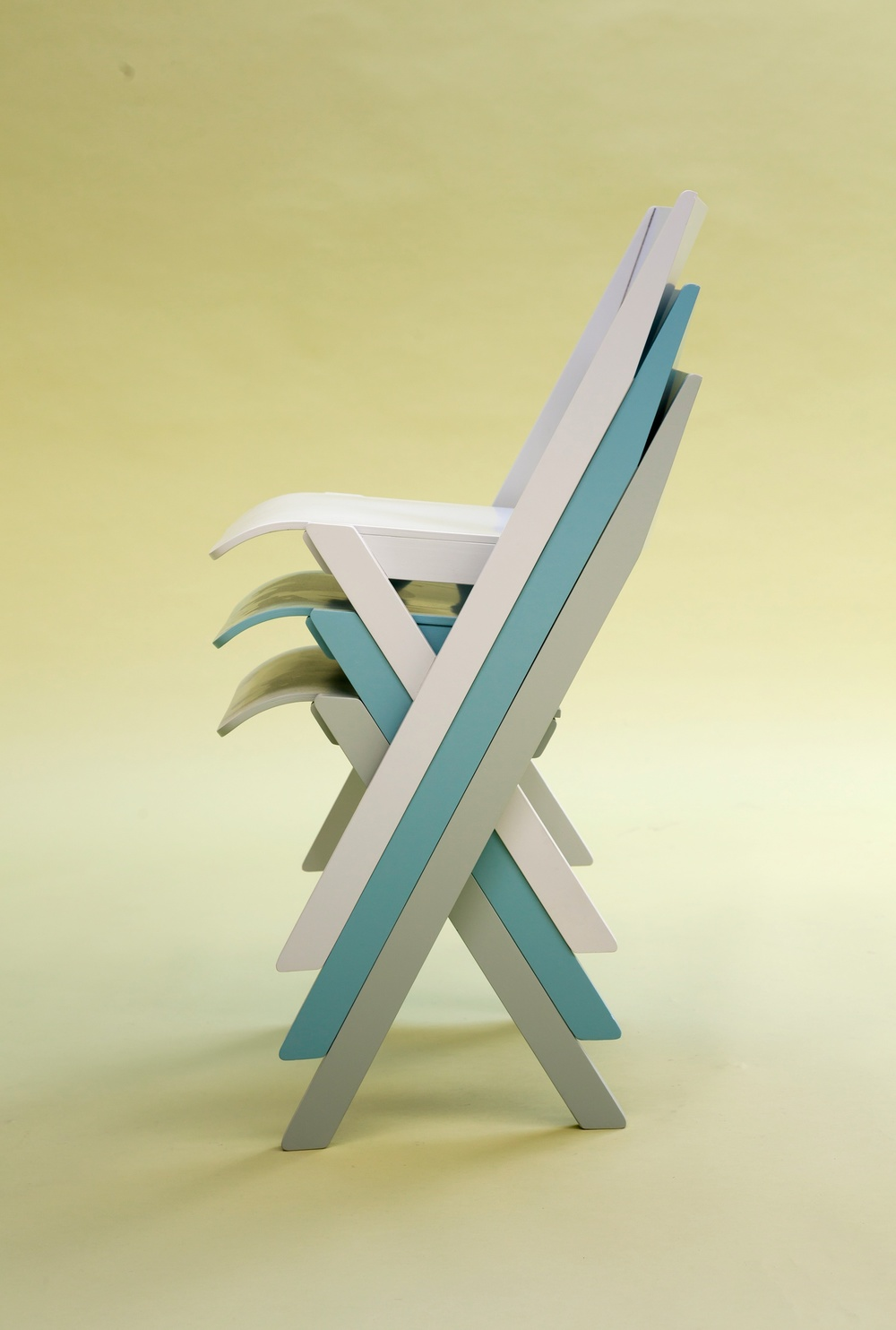 Fogo_chair_stack_side_view.jpg