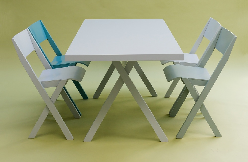 Fogo_chair_&_table_landscape.jpg