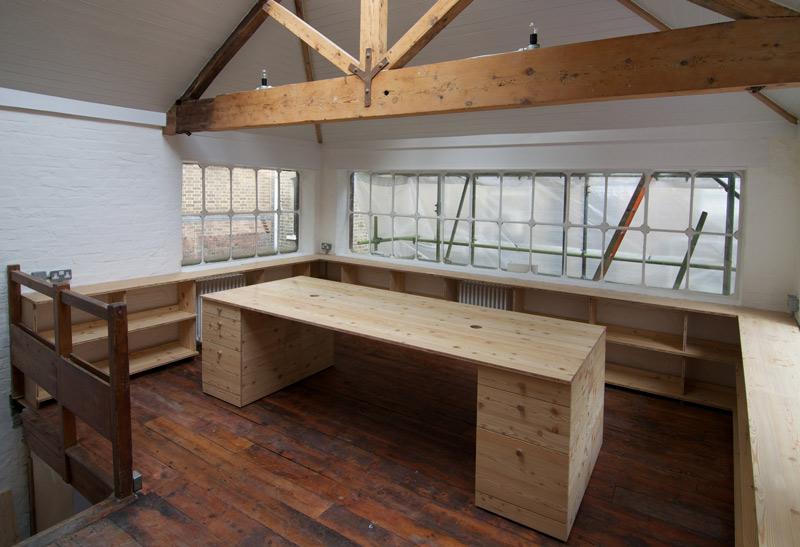 k_s_large_desk