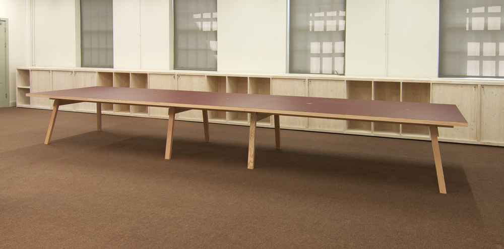 639 long work table